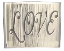 arty love pattern